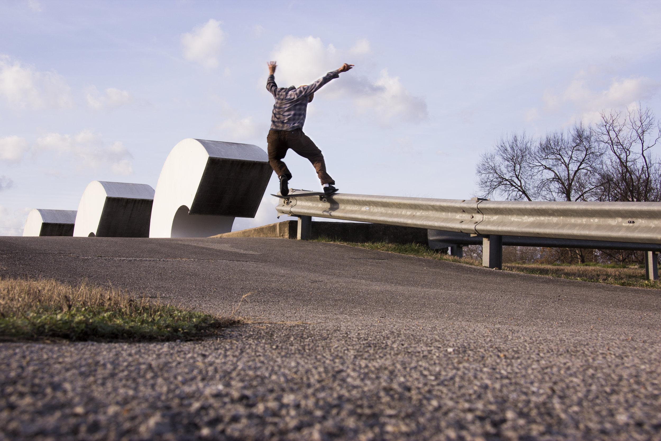 Matt Boeltel, frontside noseslide. Chattanooga, TN.