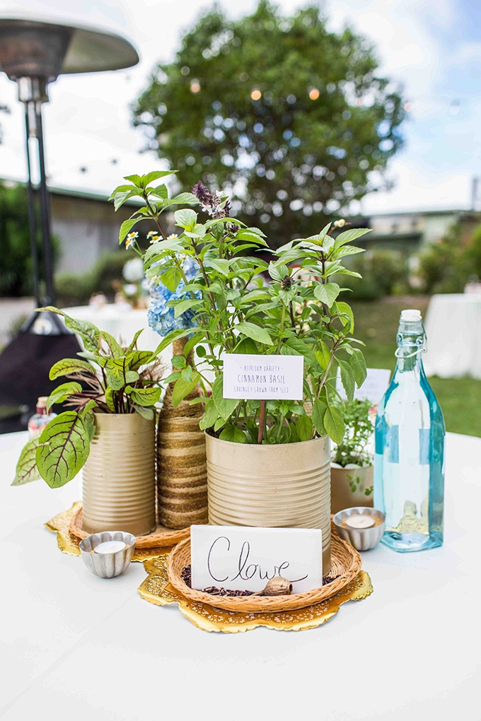 Sonoma County Wedding with Rustic Chic and Vintage Details   Blueberry Photography