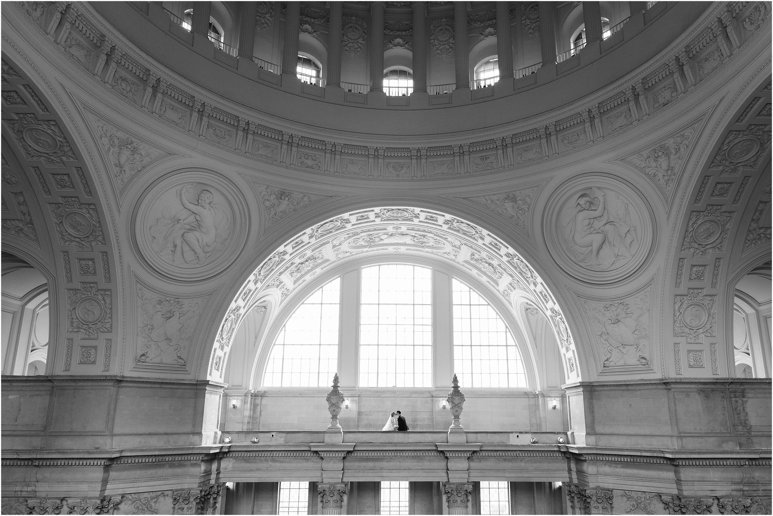 San_Francisco_City_Hall_Wedding_photographey-08.jpg