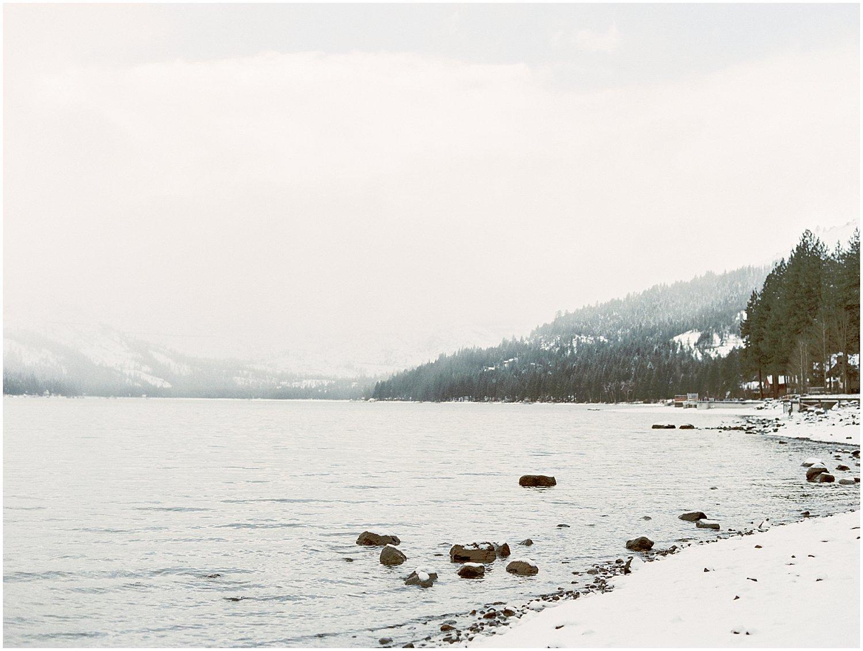 Lake_Tahoe_Engagement_Photography_02.jpg