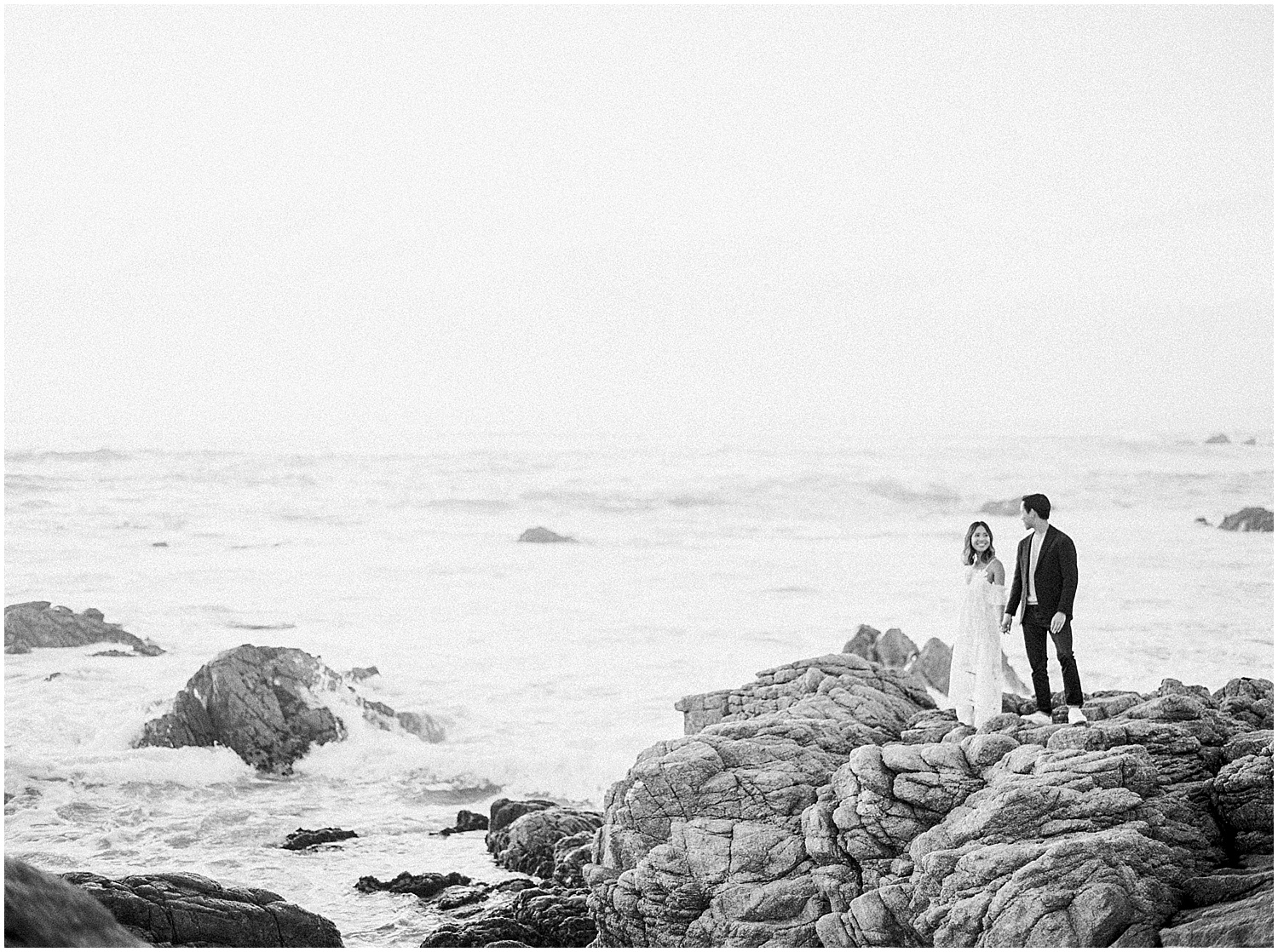 carmel_by_the_sea_17_mile_drive_engagement_session-024.jpg