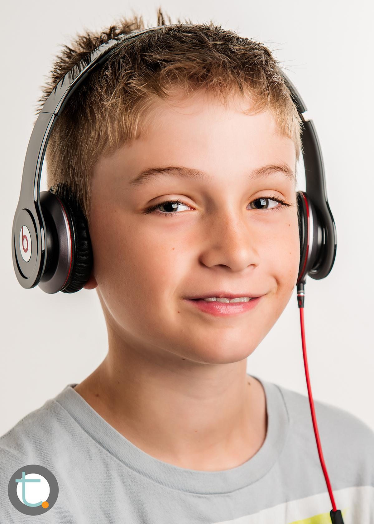 studio_kid_headphones_tracyallynphotography_tween_beats_006.jpg