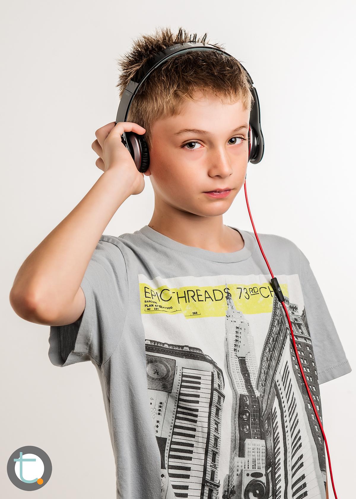 studio_kid_headphones_tracyallynphotography_tween_beats_005.jpg