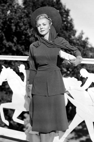 hbz-derby-1941-Carole-Landis-PBDCALAEC026H-de.jpg