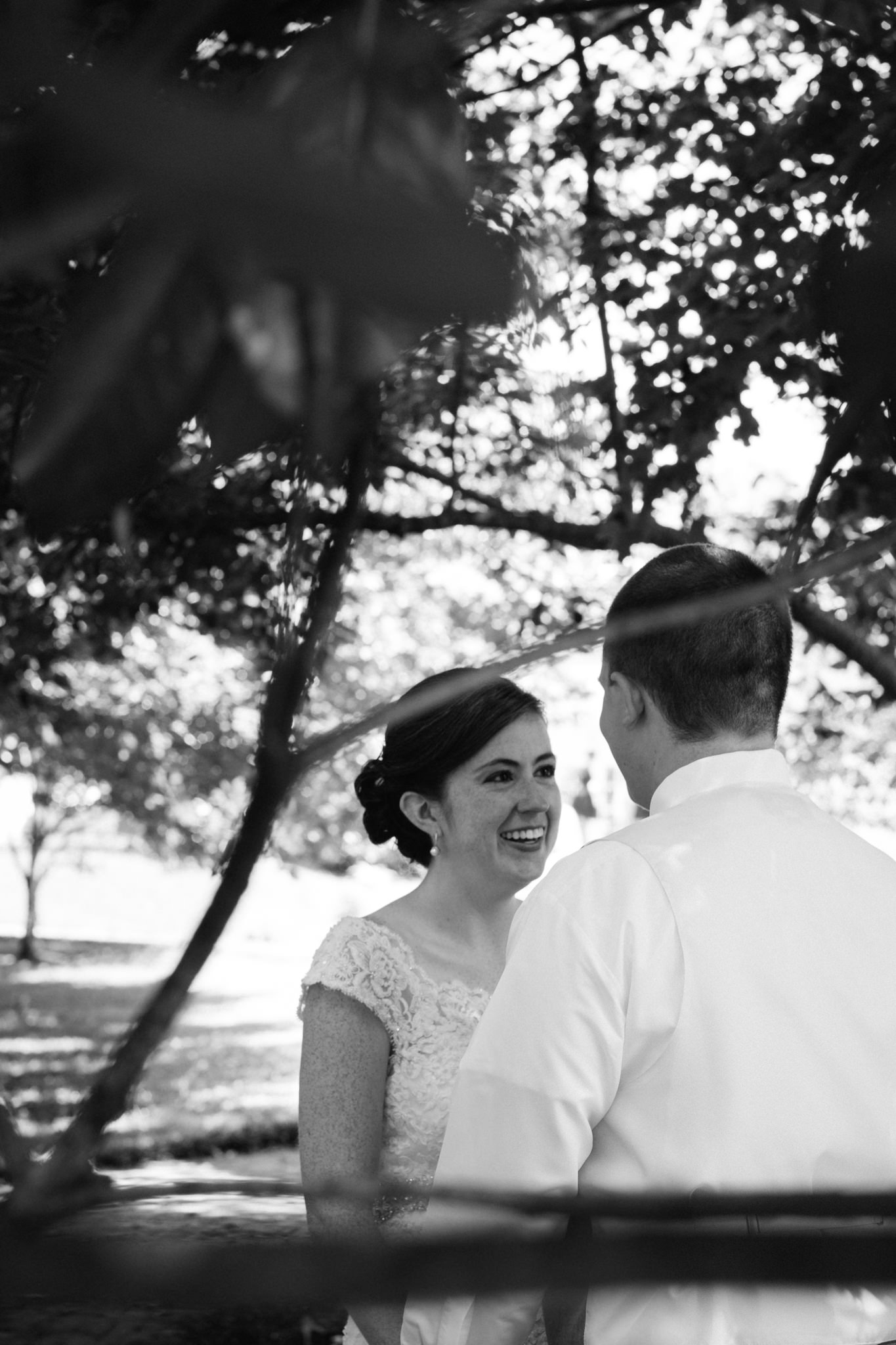 Jennifer&Drew_Wedding_Blog_017.jpg