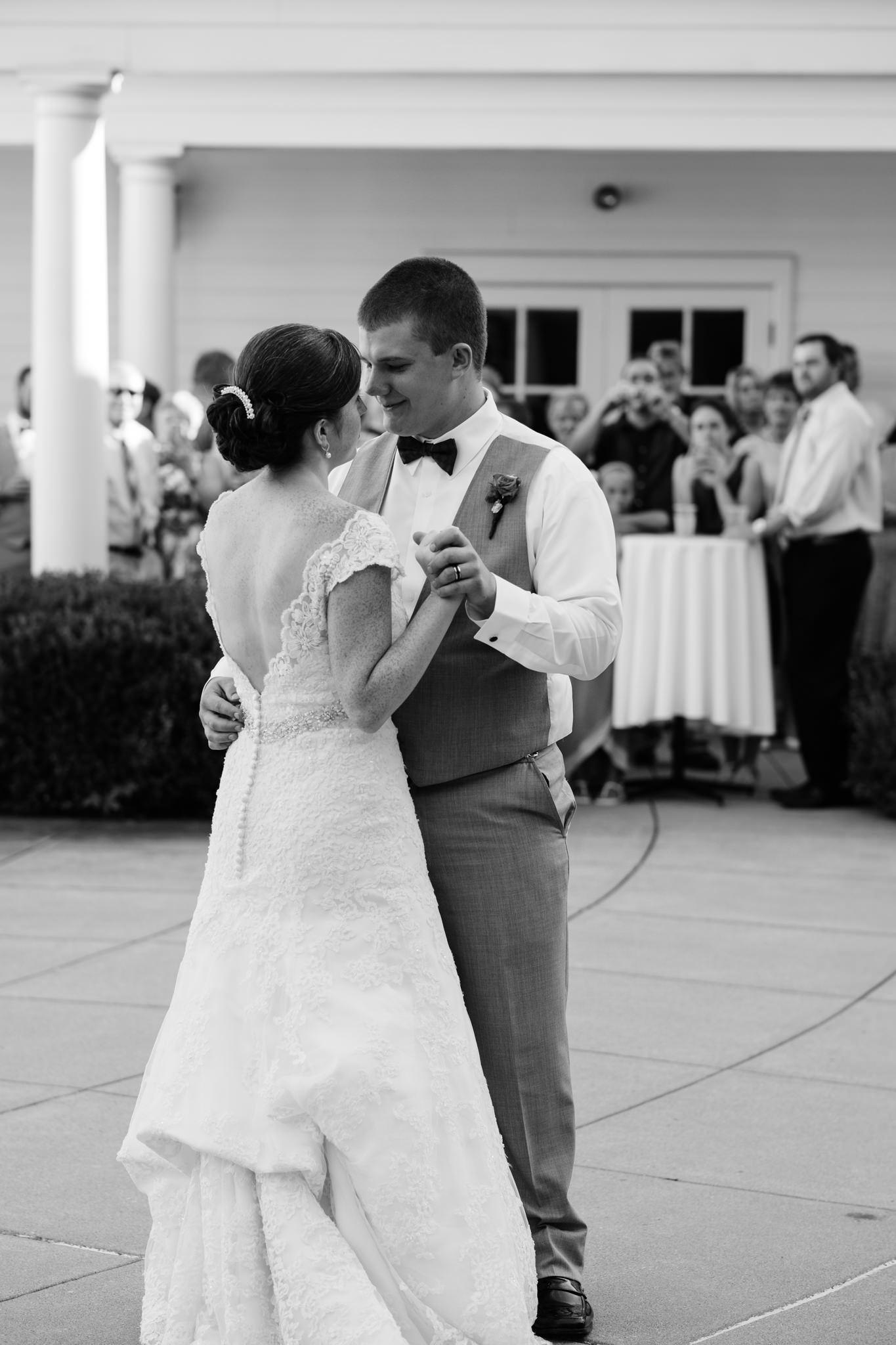 Jennifer&Drew_Wedding_Blog_067.jpg