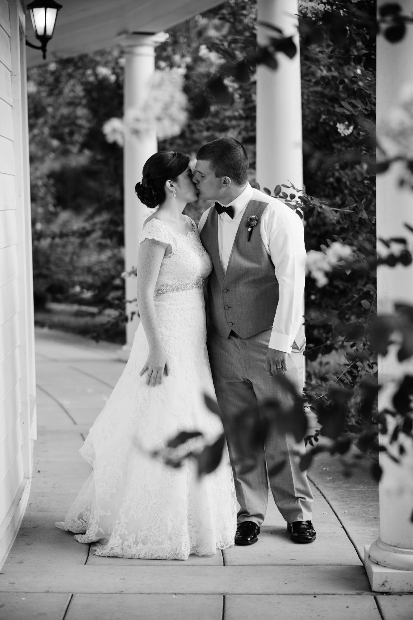 Jennifer&Drew_Wedding_Blog_087.jpg