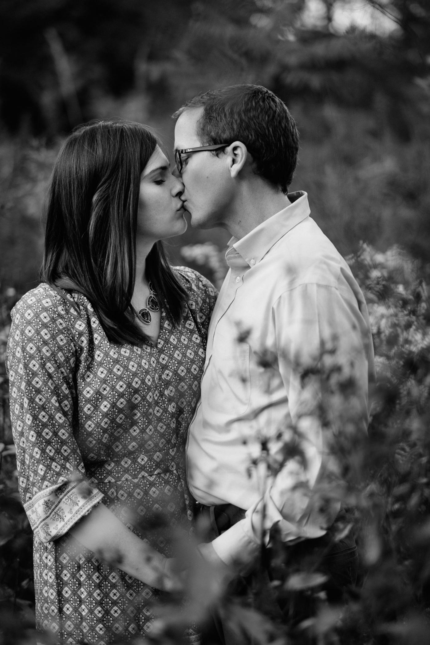 Emily&Sean_Engagement_Blog_0012.jpg
