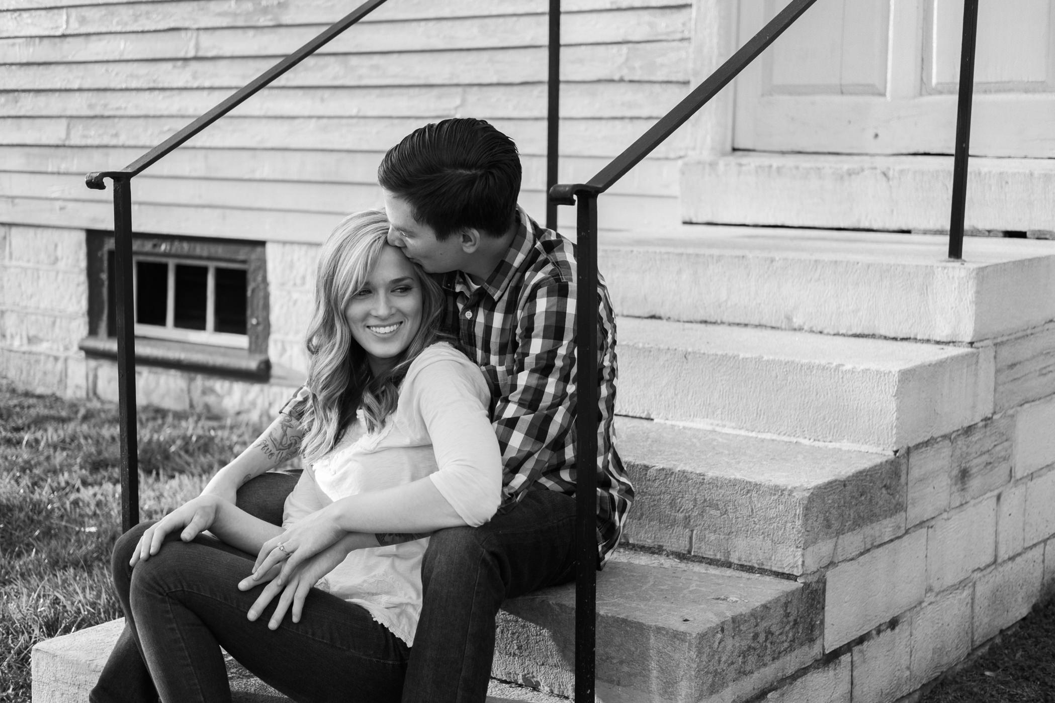 Julia&Cameron_ Engagement_Blog_0009.jpg