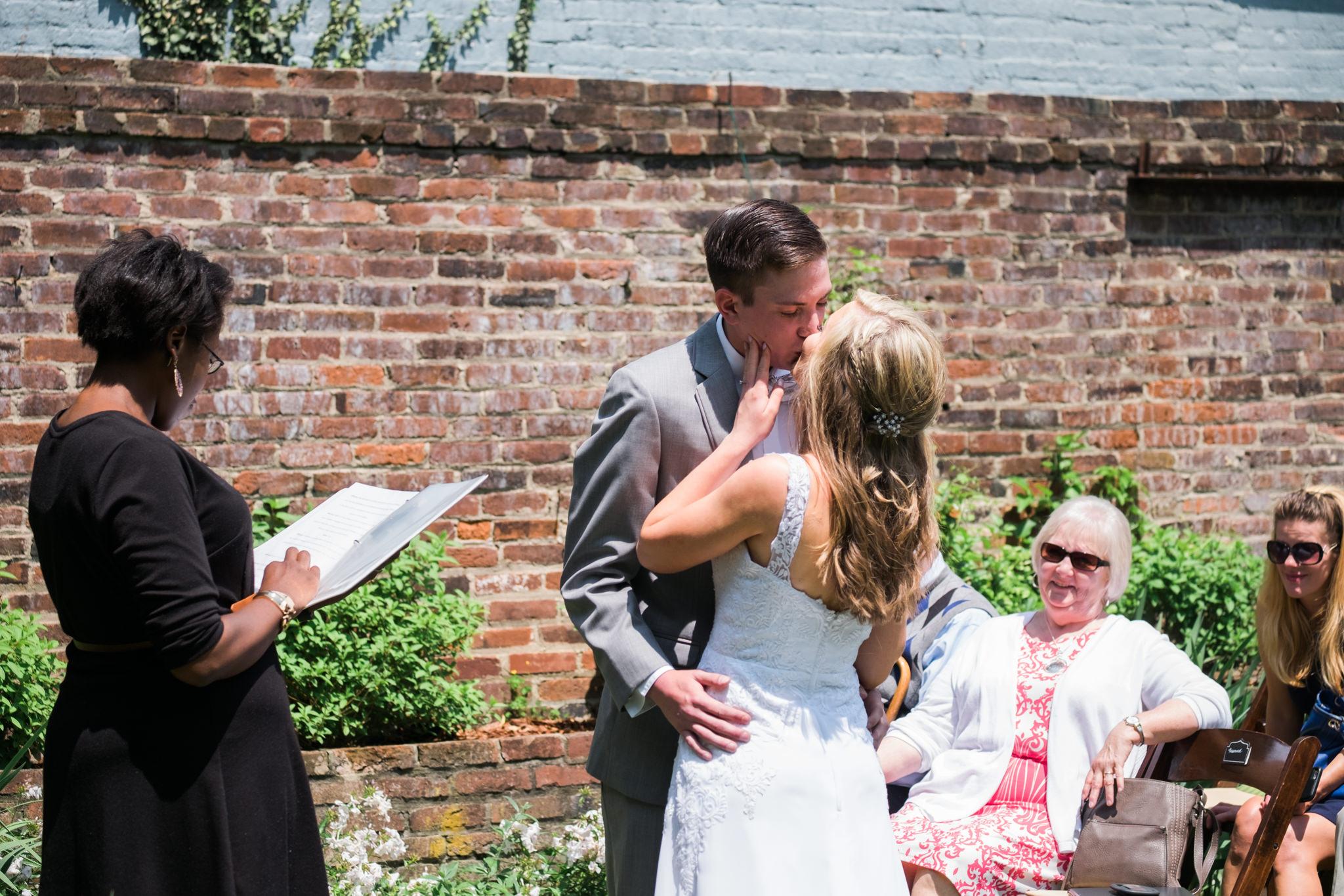 Julia&Cameron_Wedding_0043.jpg