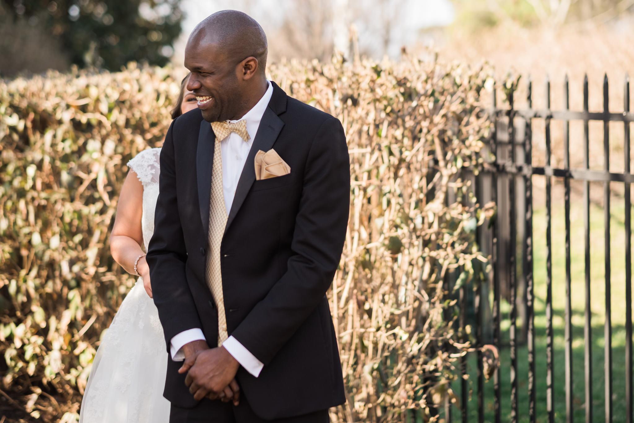 Amanda&Johnathan_Wedding_Blog_0005.jpg