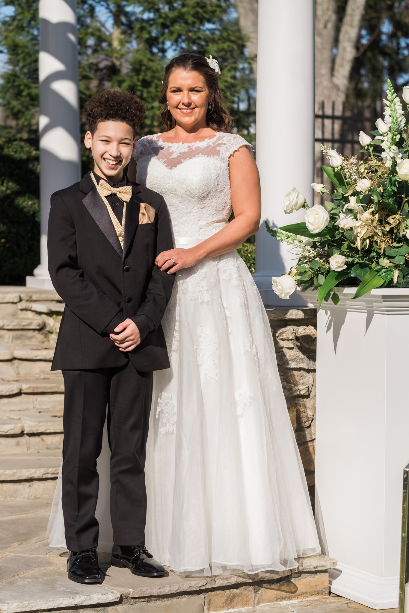 Amanda&Johnathan_Wedding_Blog_0008.jpg