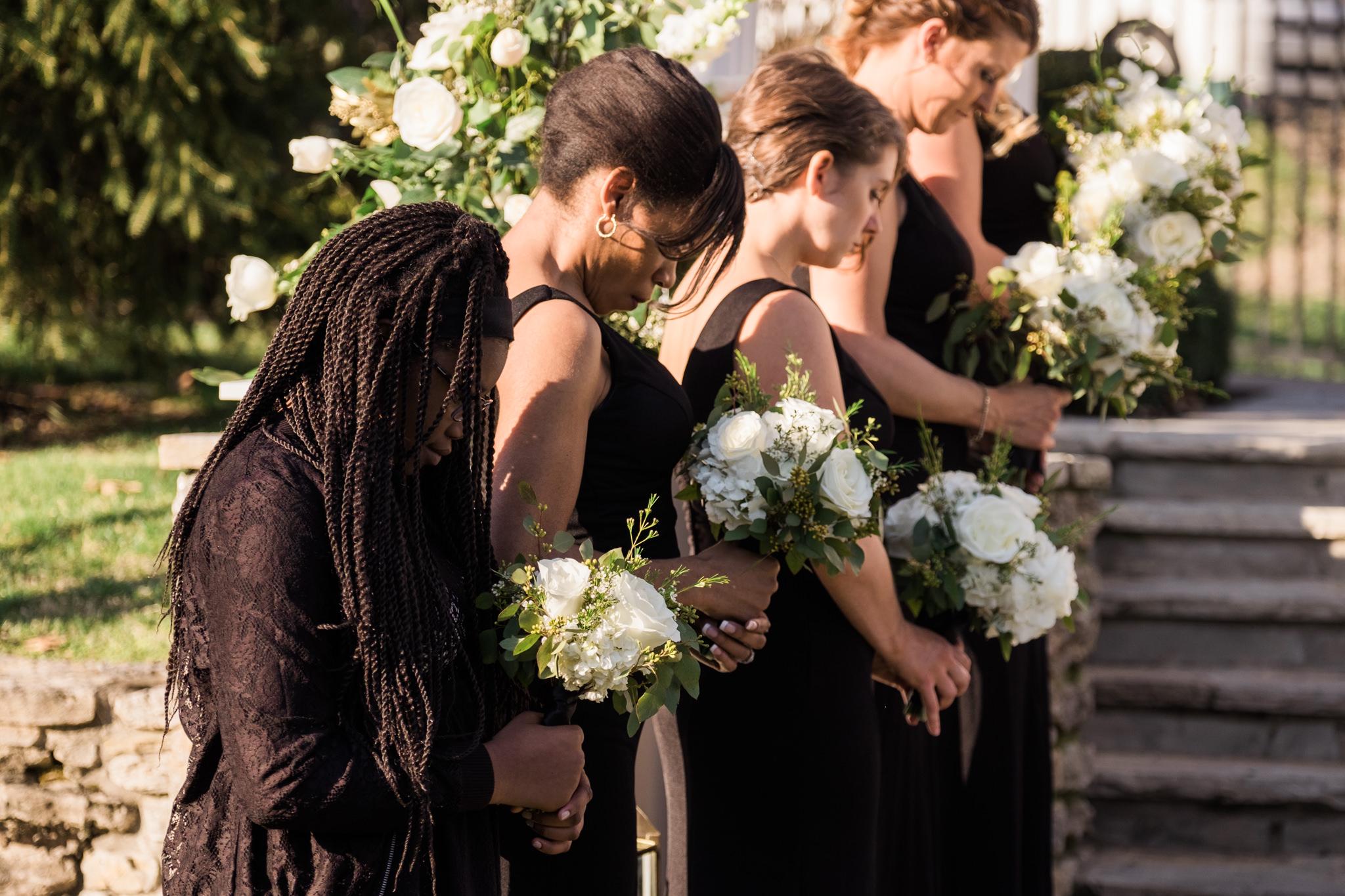 Amanda&Johnathan_Wedding_Blog_0025.jpg
