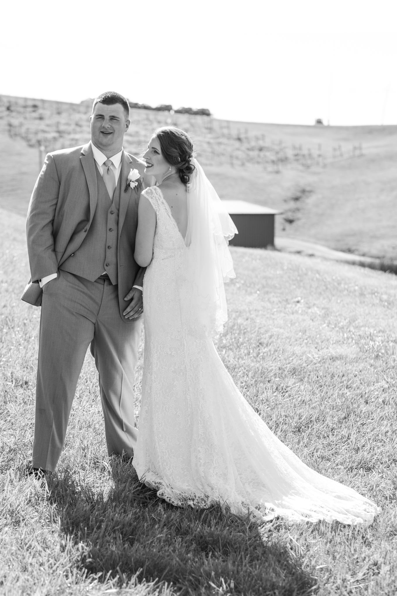 2017.06.03_Callie&Dustin_Wedding_Blog_0035.jpg