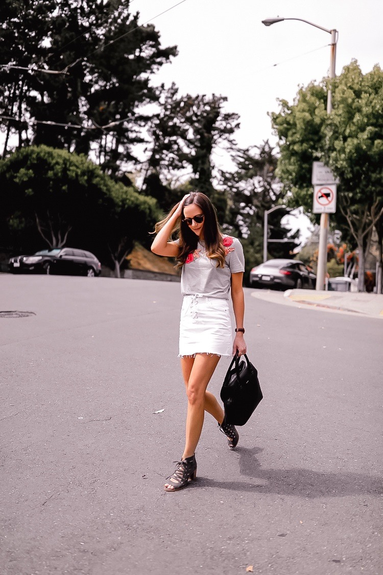 white denim skirt outfit