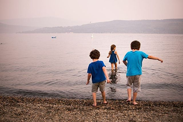 What we missed... . This past summer by mid July forest fire season had hit. We almost cancelled this trip to #scotchcreek but decided to go ahead anyways. It was smokey but this day you could still see across the water. 🏞 . . . . . #kamloopsphotographer #momswithcameras #littleandbrave #candidchildhood #letthekids #clickinmoms #childhoodunplugged #ourcandidlife #pixel_kids #cameramama #dearphotographer #runwildmychild #documentyourdays #themindfulapproach #treasuringlittlememories #lifewellcaptured #thedocumentarymovement