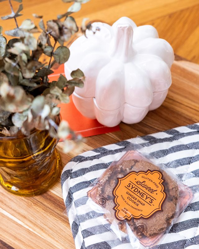 Snap into fall with a classic gluten-free ginger snap! There's nothing better than curling up on the couch with tea and cookies, and ginger snaps really give us that fall feeling. Get 15% off with code SNAPINTOFALL at checkout! Link in bio. #SweetSydneys . . . #fall #ilovefall #autumn #pumpkinspiceeverything #pumpkinspice #fallfeeling #fallfeelings #fallinlove #gingersnap #glutenfree #falliday #falllove #season #tistheseason #falllover #gfree #celiac #glutenfreecookie #glutenfreedessert