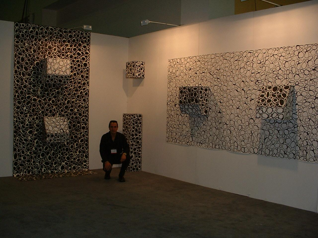 Art New York Art Fair 2004: Ying-Yang. Installation. Dimension variables. 2004