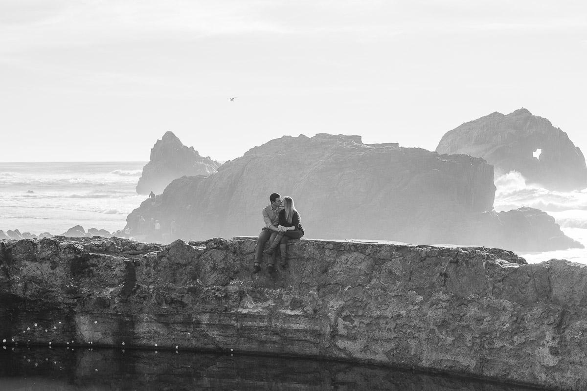 Engagementshoot.SutroBath.Sanfranciscoweddingphotography.emilymerrill.0003.jpg