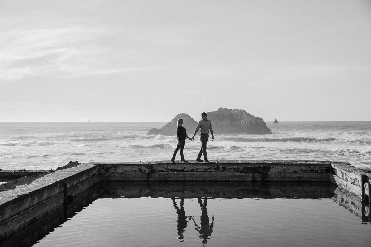 Engagementshoot.SutroBath.Sanfranciscoweddingphotography.emilymerrill.0006.jpg