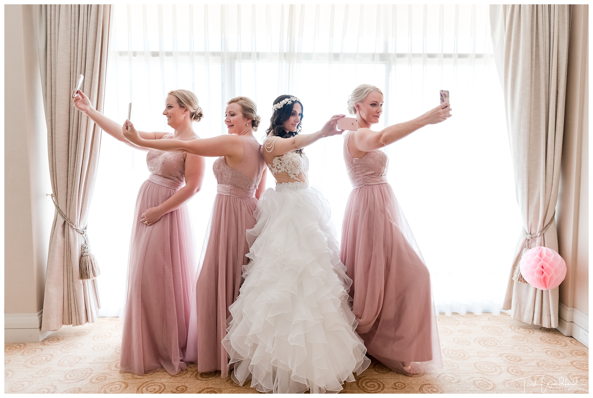Perth Bride & Bridesmaids Selfie