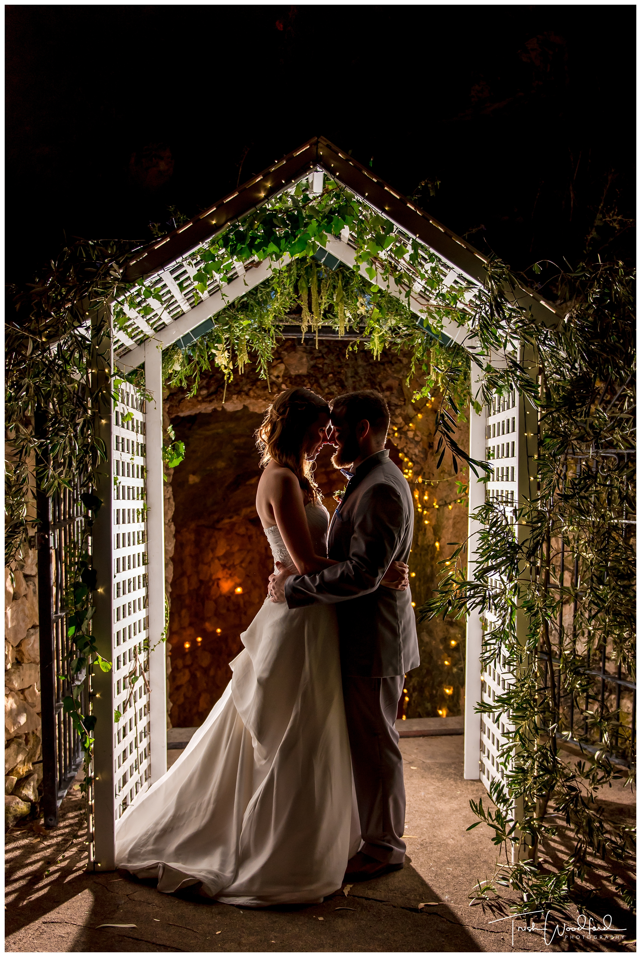 Cabaret Cave Yanchep Wedding Photo