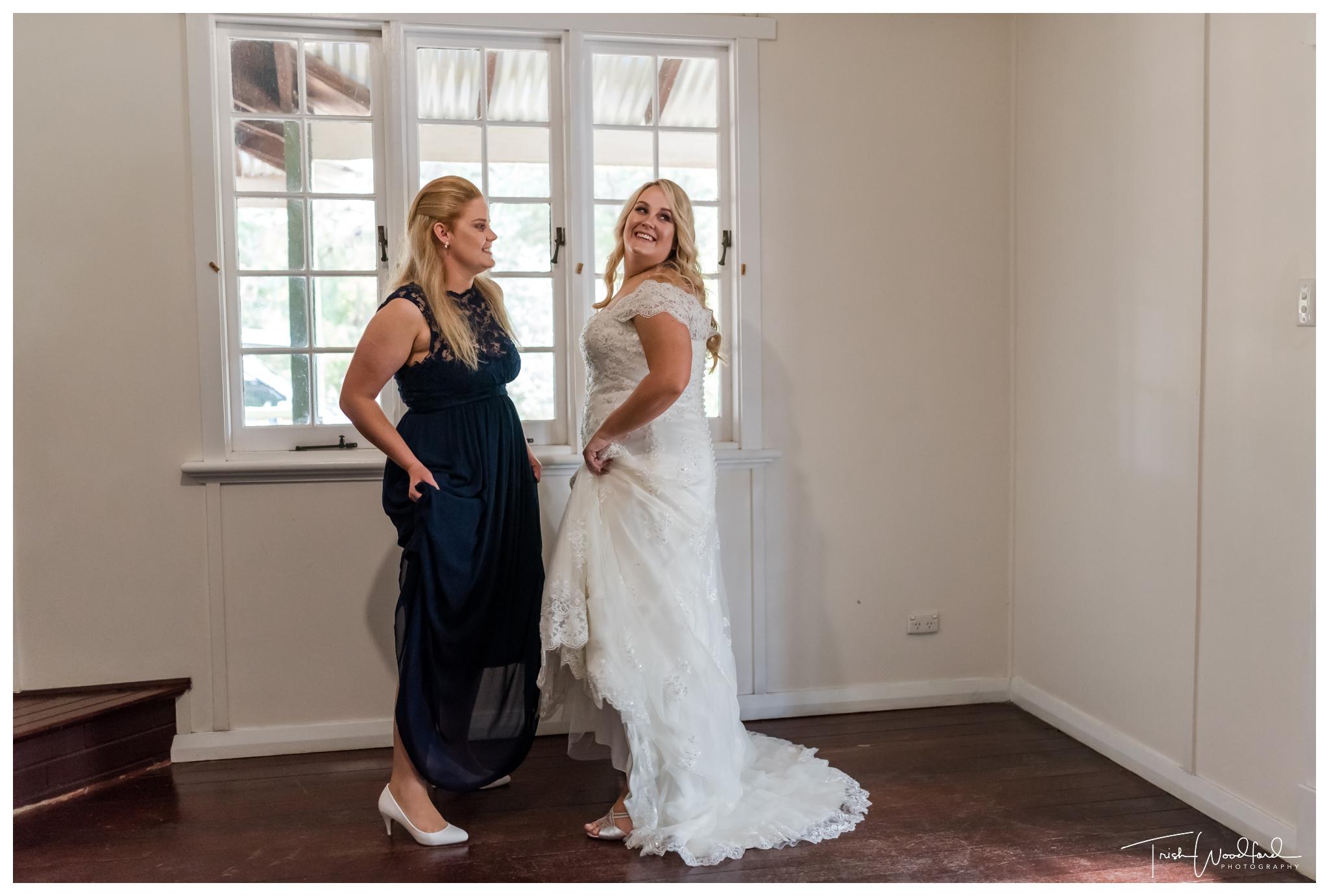 bride-bridesmaid-fairbridge-village