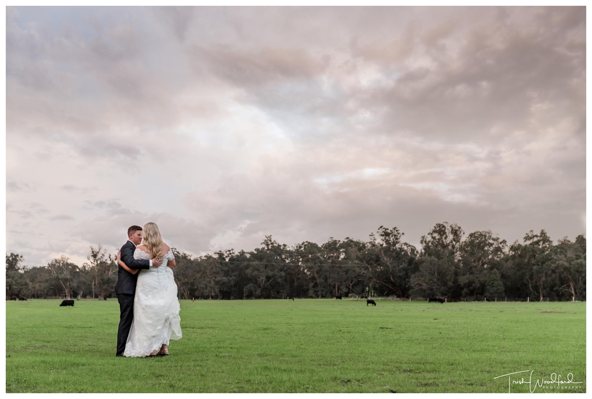 fairbridge-winter-wedding-bride-groom
