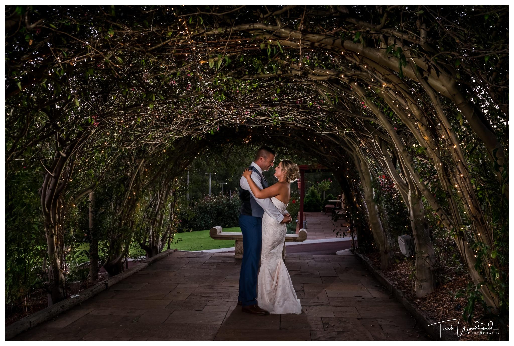 bride and groom masonmill gardens