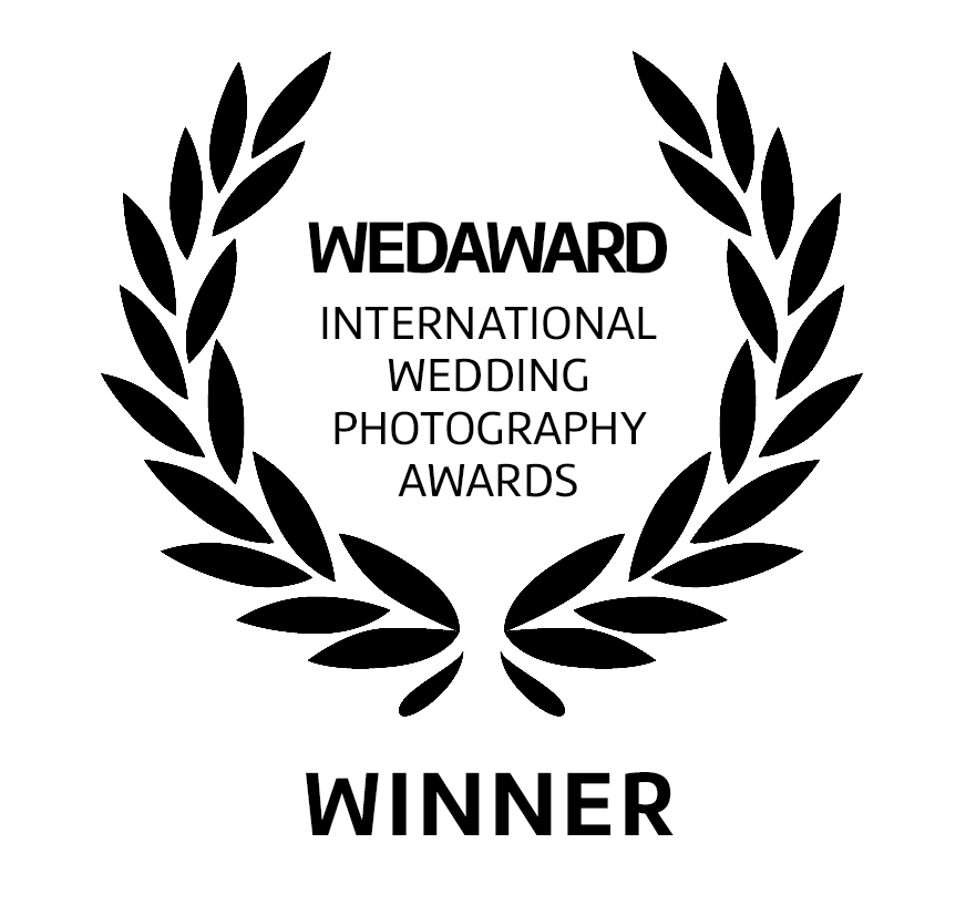 wedaward white.png