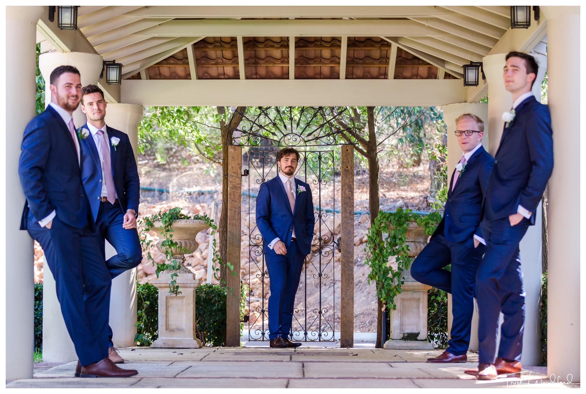 bridal-party-masonmill-wedding