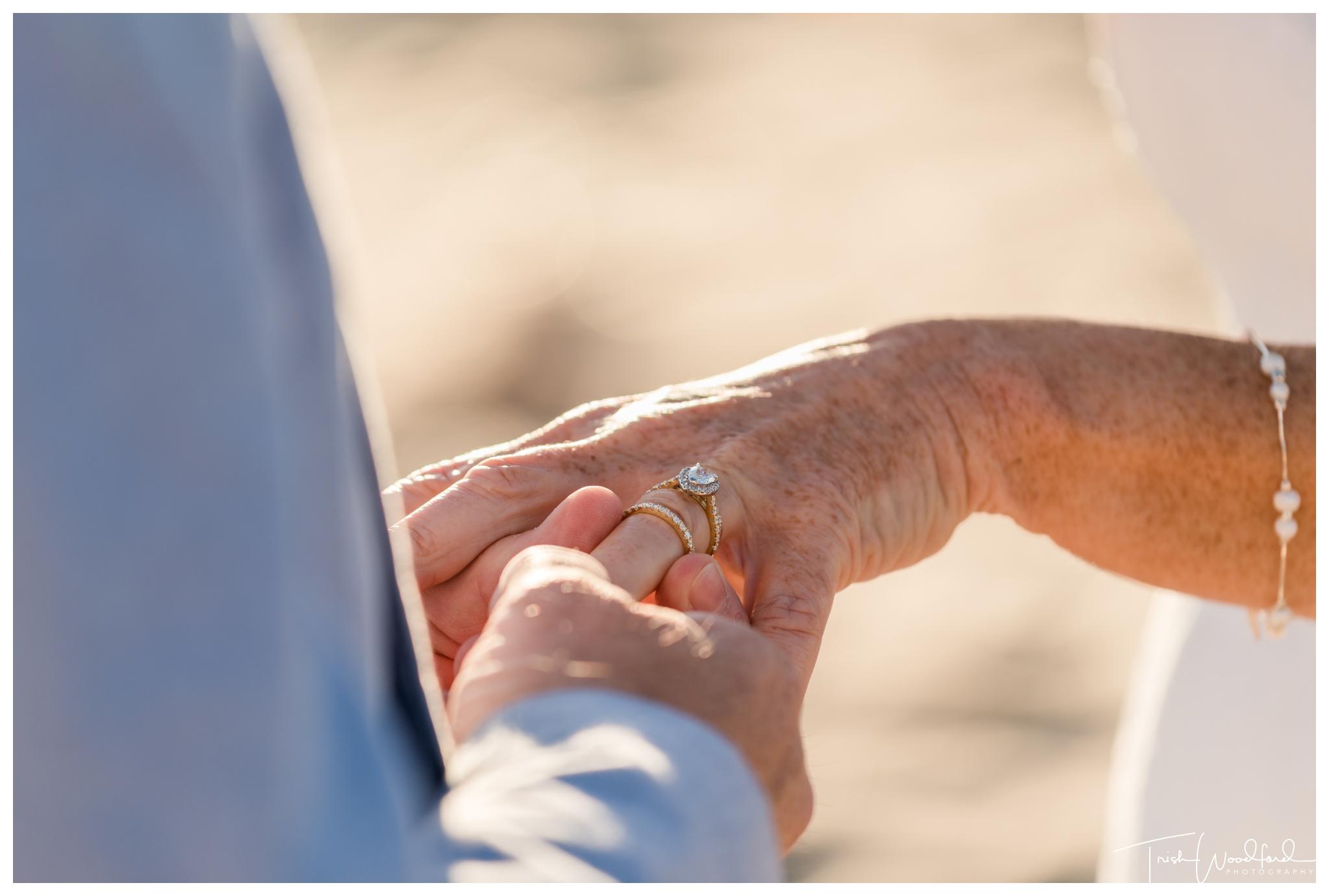 mandurah-beach-wedding-ceremony