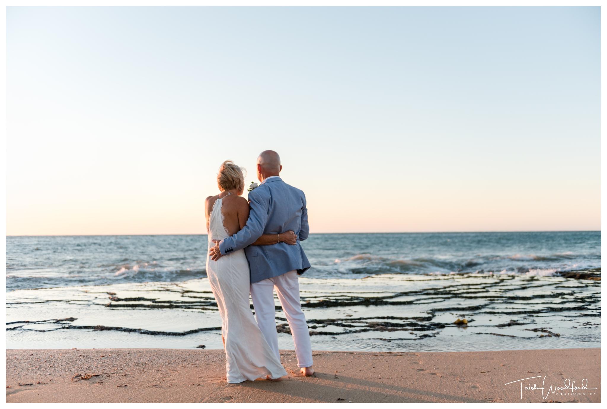 bride-and-groom-mandurah-beach-wedding