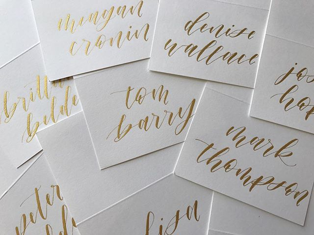 Ivory + Gold Place Cards 💛