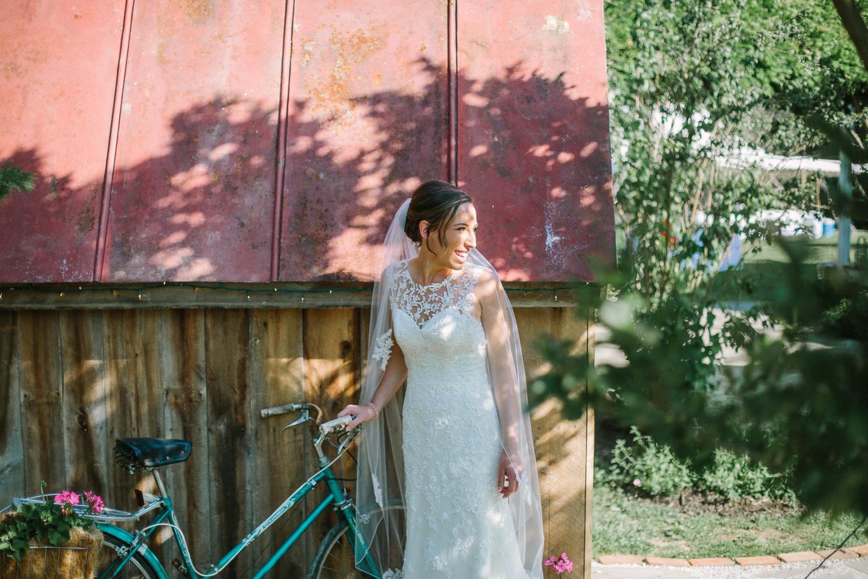 SarahMattozziPhotography-BackyardWedding-GoochlandVA-31.jpg