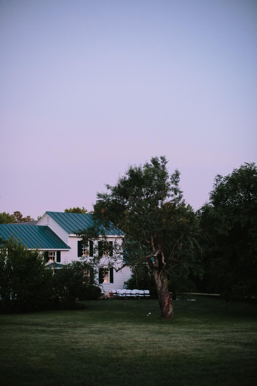SarahMattozziPhotography-BackyardWedding-GoochlandVA-127.jpg