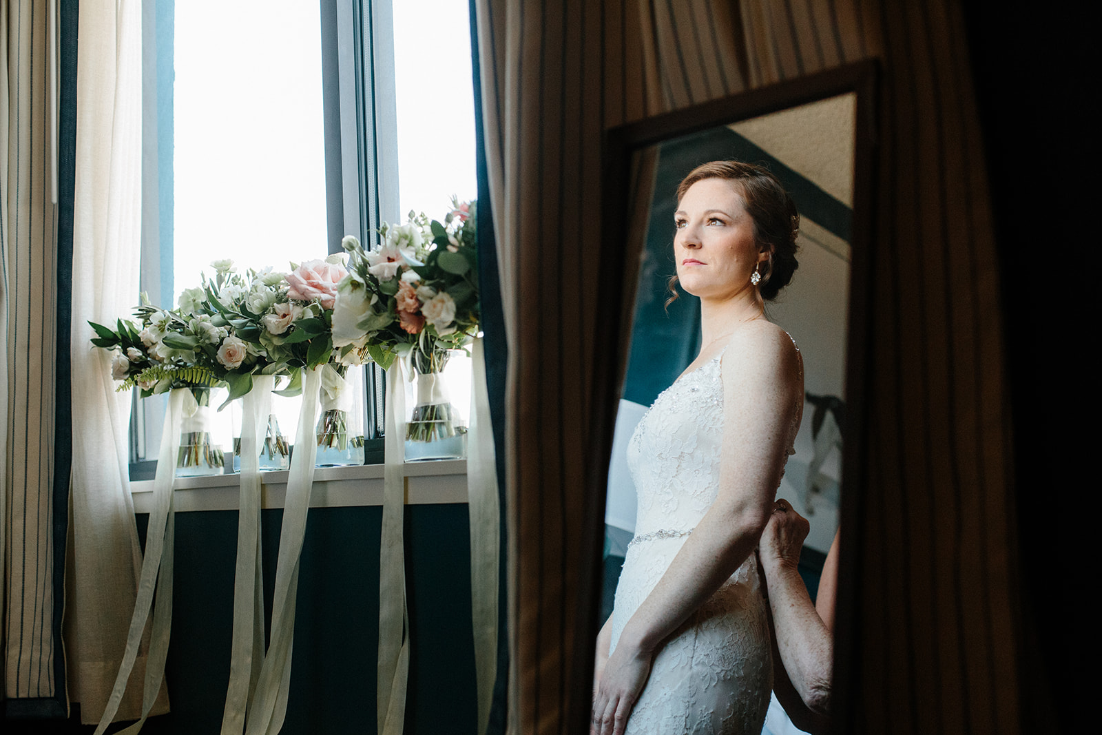 SarahMattozziPhotography-MaggieJustin-GettingReady-125.jpg