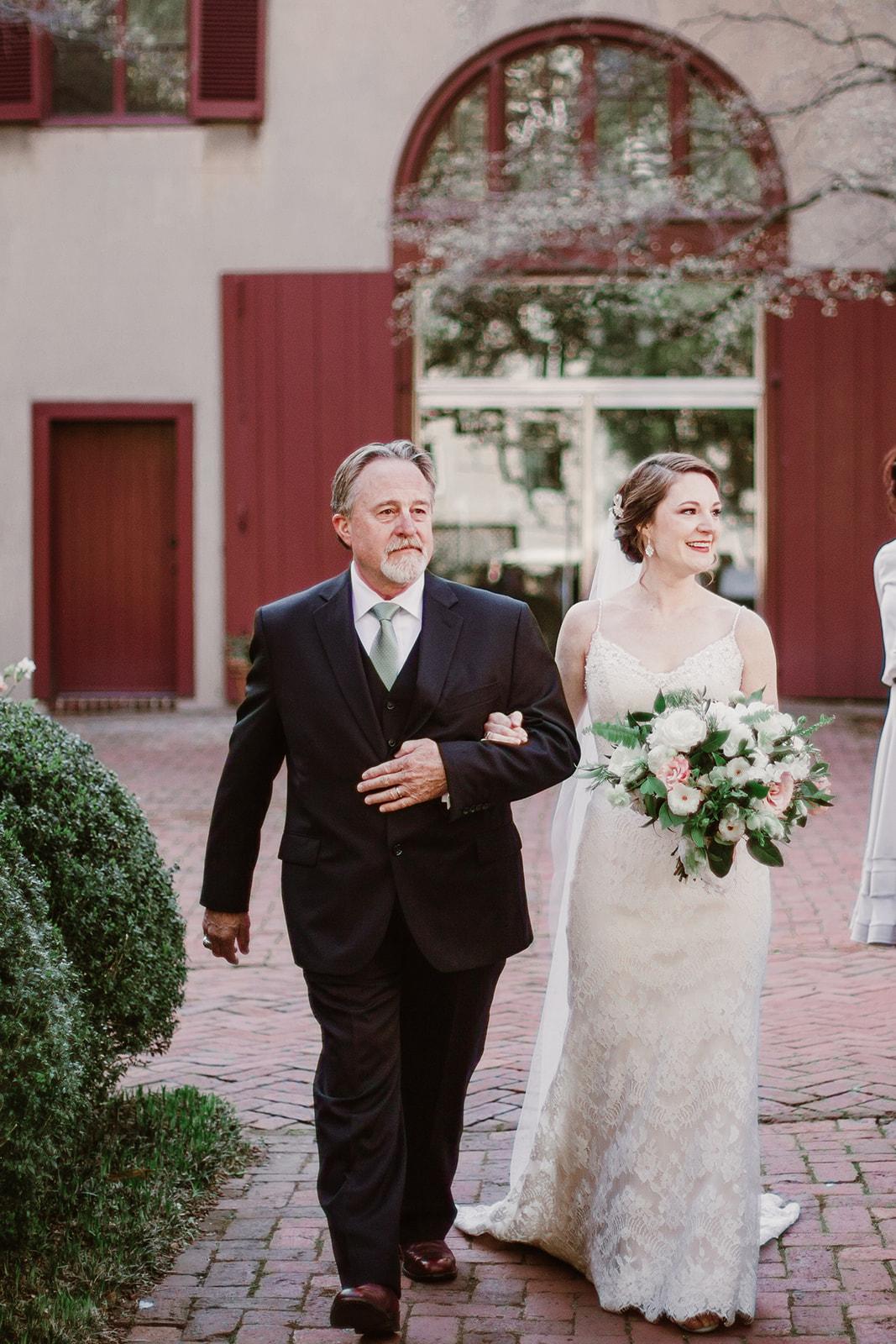 SarahMattozziPhotography-MaggieJustin-Ceremony-55.jpg