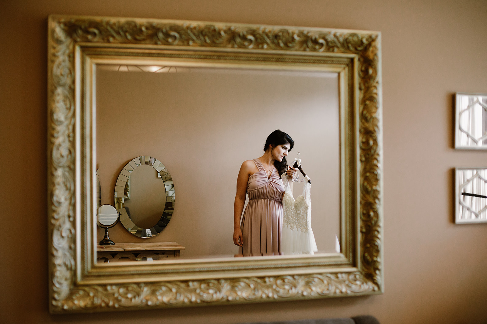 SarahMattozziPhotography-HarbourViewEvents-GettingReady-14.jpg