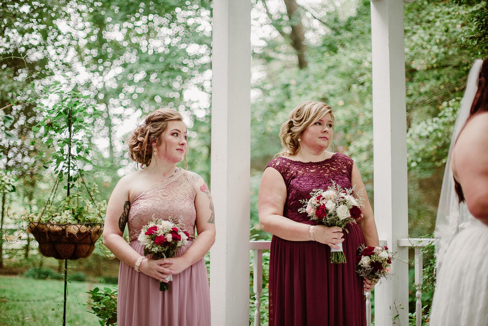 SarahMattozziPhotography-NicoleChris-GlenGardens-Ceremony-13.jpg