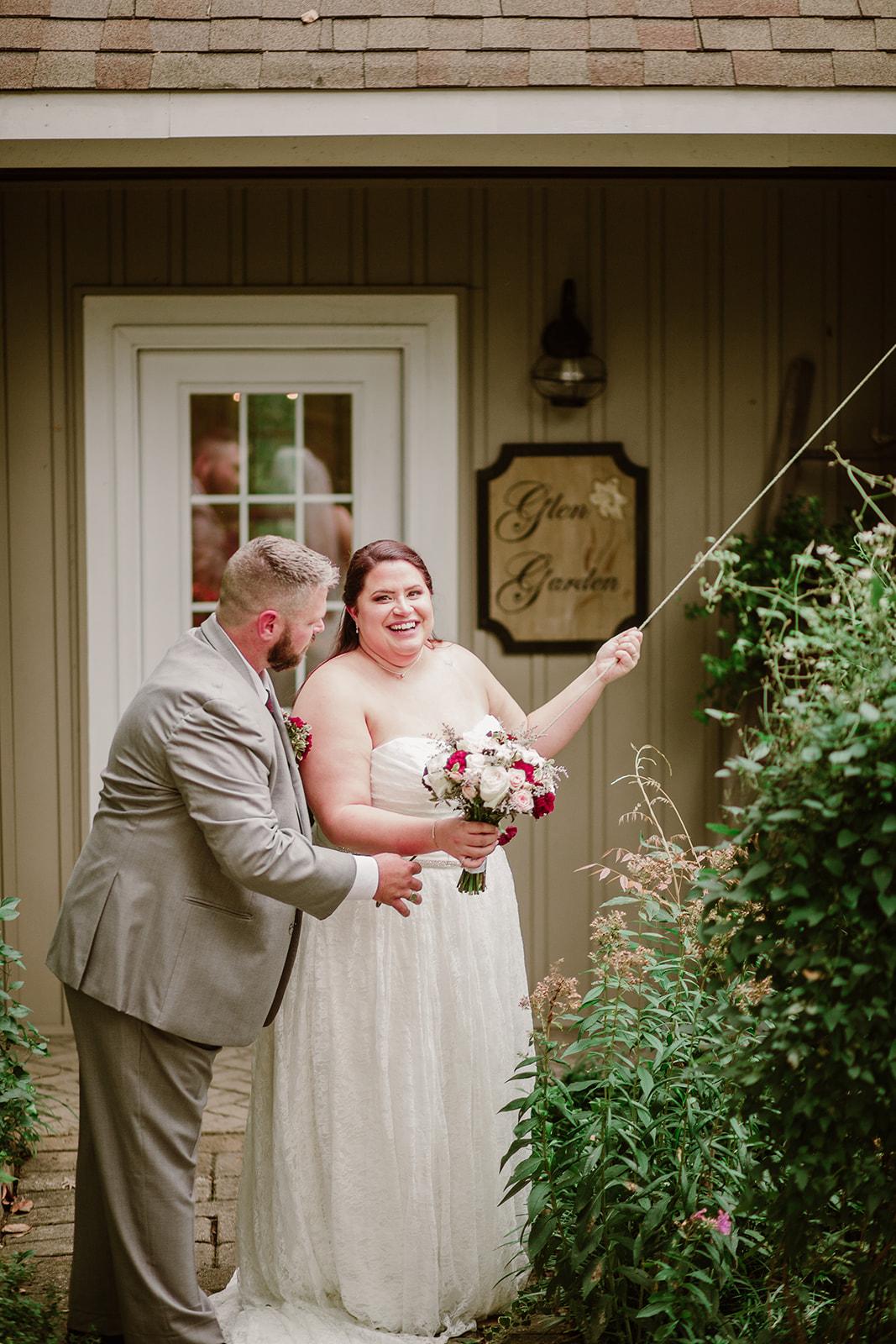 SarahMattozziPhotography-NicoleChris-GlenGardens-Ceremony-17.jpg