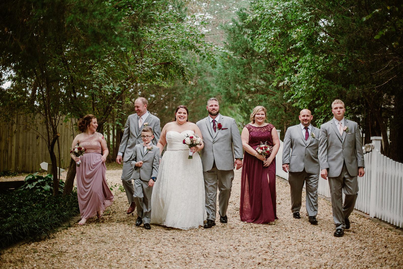 SarahMattozziPhotography-NicoleChris-GlenGardens-WeddingParty-1.jpg