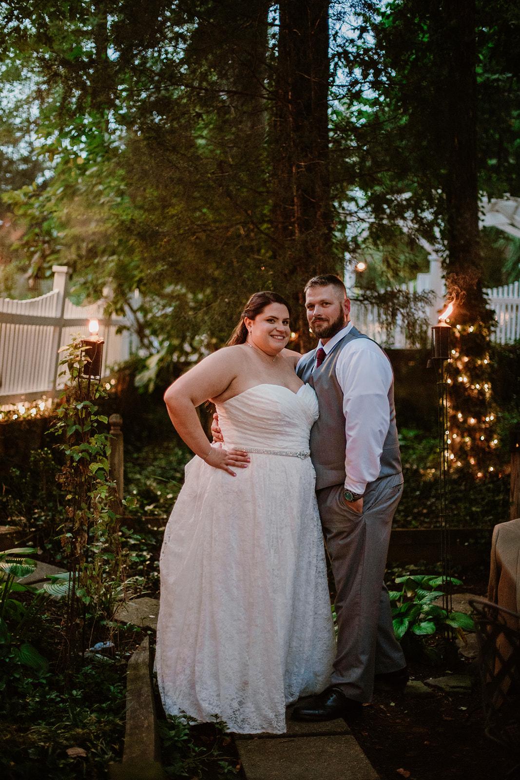 SarahMattozziPhotography-NicoleChris-GlenGardens-Reception-20.jpg