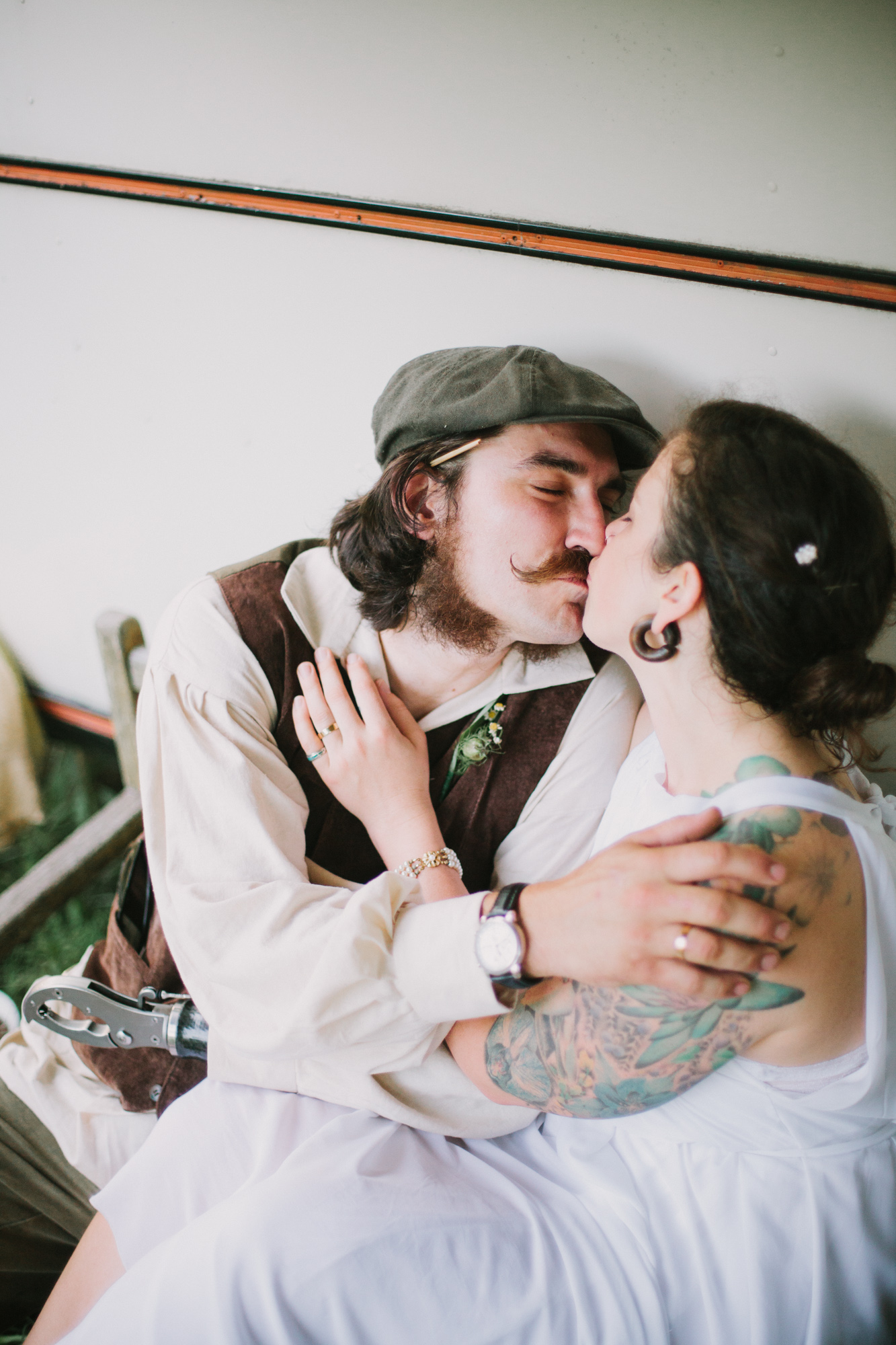 SarahMattozziPhotography-BarnWedding-AshlandVA-45.jpg