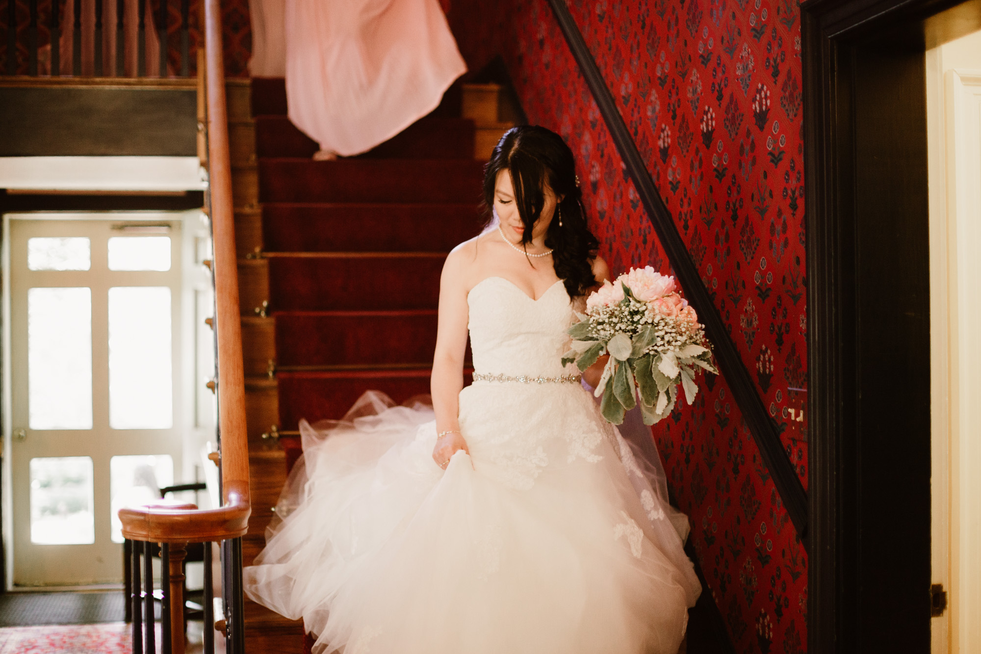 SarahMattozziPhotography-KingsCharter-Wedding-11.jpg