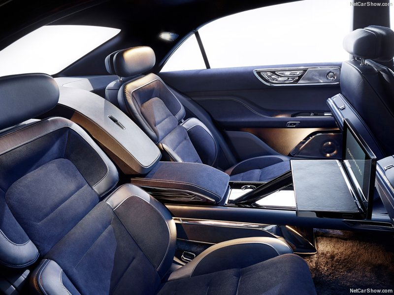 Lincoln-Continental_Concept_2015_800x600_wallpaper_07.jpg