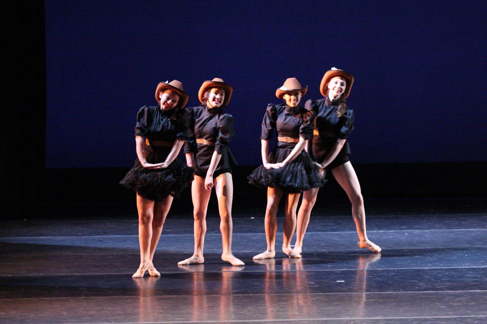Dance_0351 copy.jpg