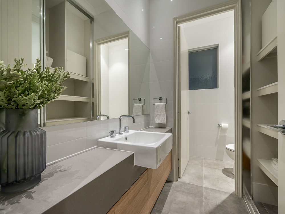 Modern+Grey+and+Oak+Bathroom.jpeg