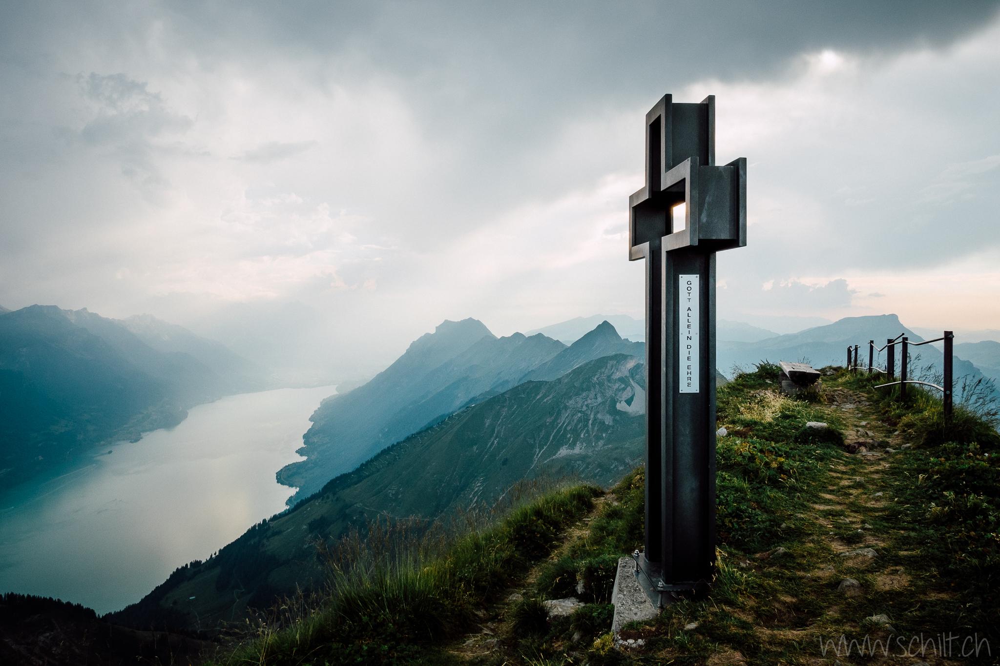 Gipfelkreuz auf Schongütsch