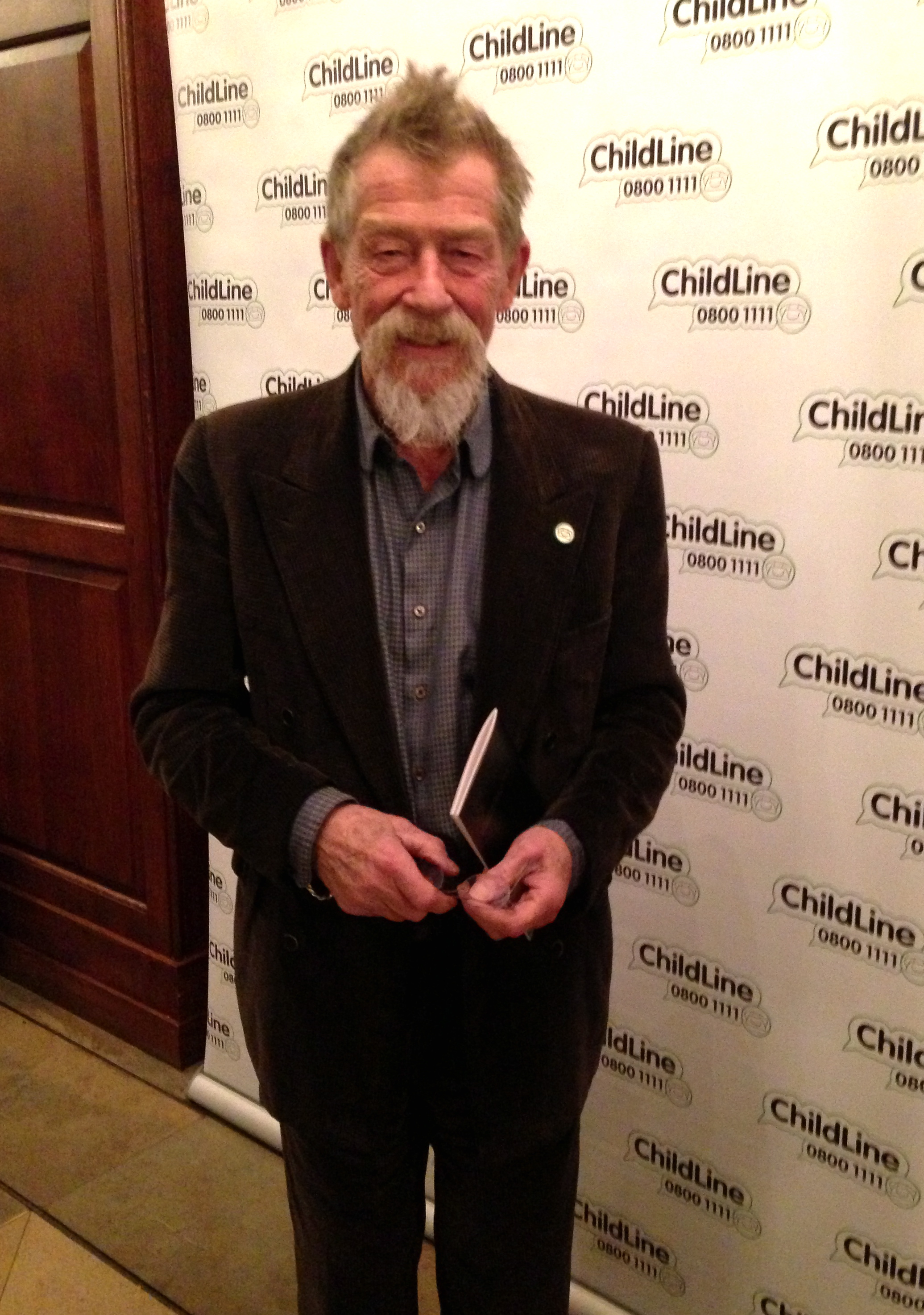 John Hurt who earlier read  E.E.Cummings'   Little Tree.